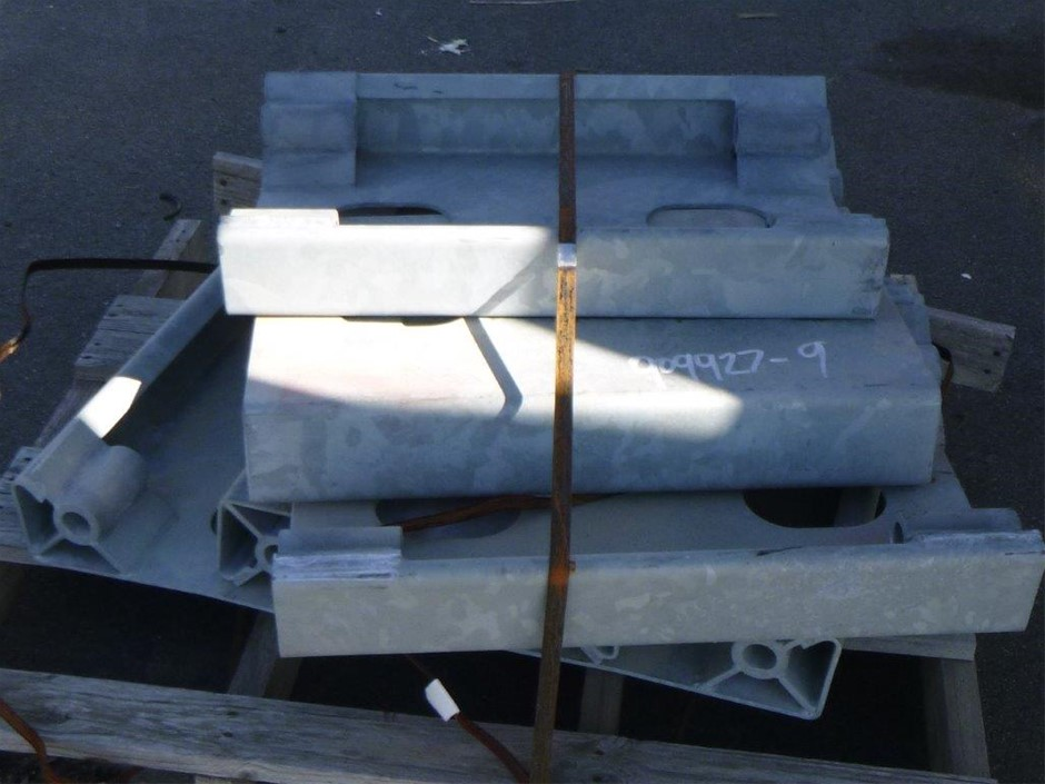 Pallet of Cable Barrier Metal Uprights