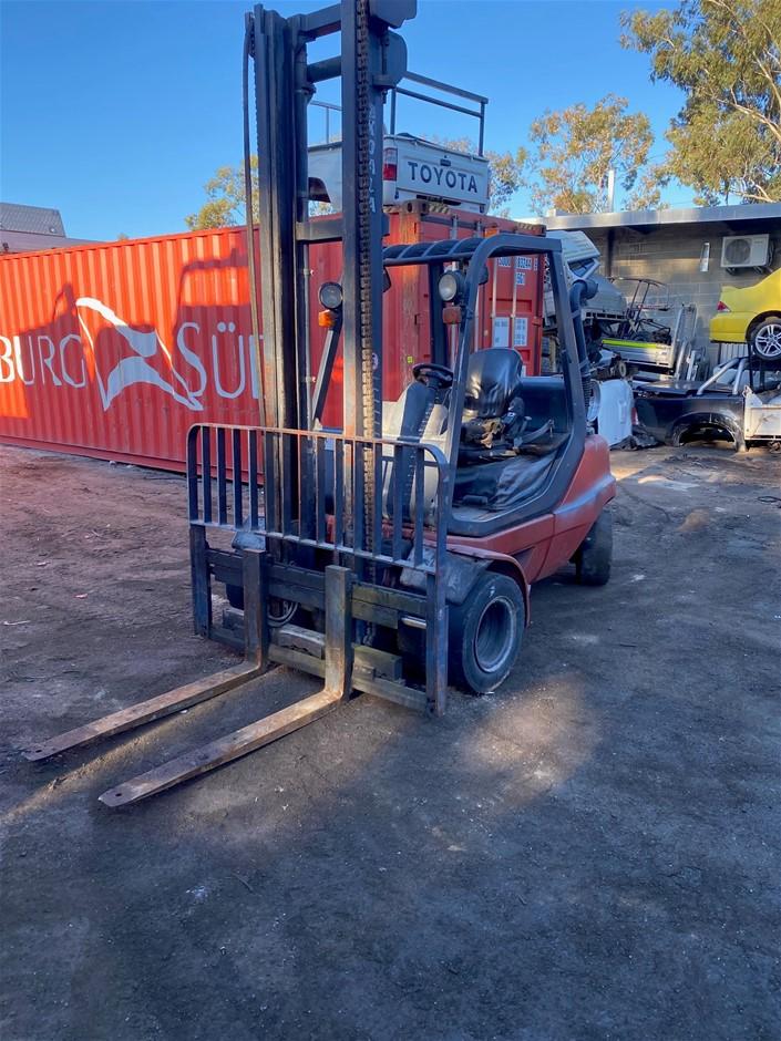 2012 Linde H35T-03 Forklift S/N: H2X351N00351 Per