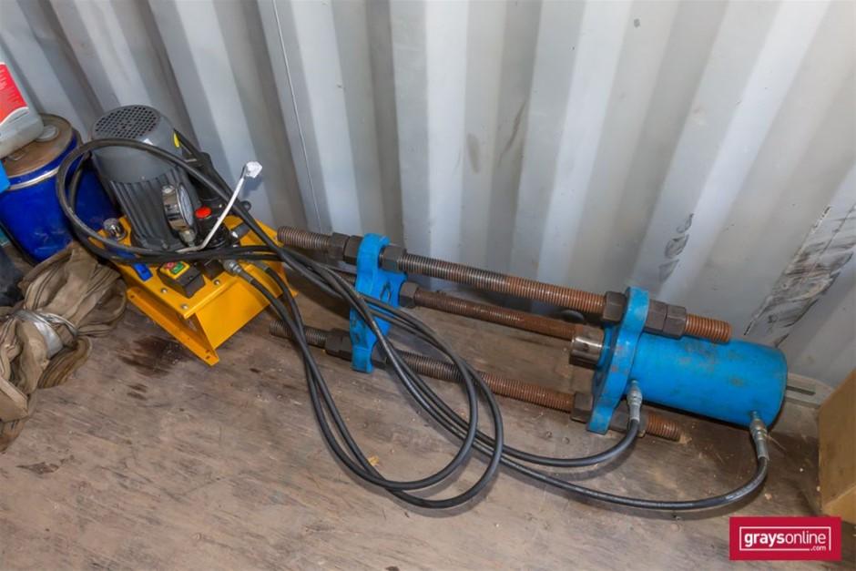 Hydraulic Excavator Track Link Pin Press