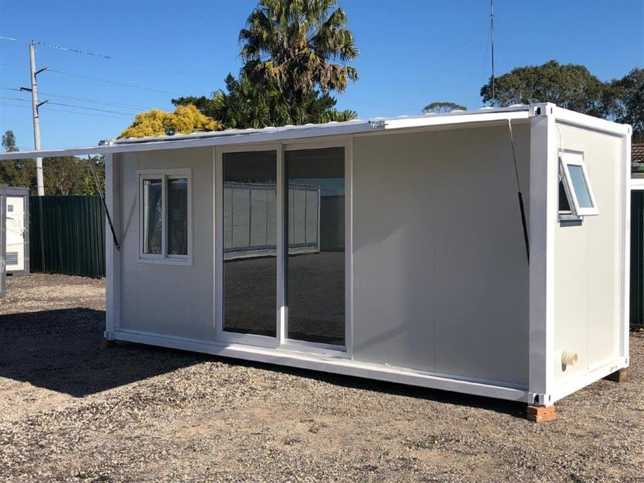 Unused 20' Studio Container Home with Ensuite