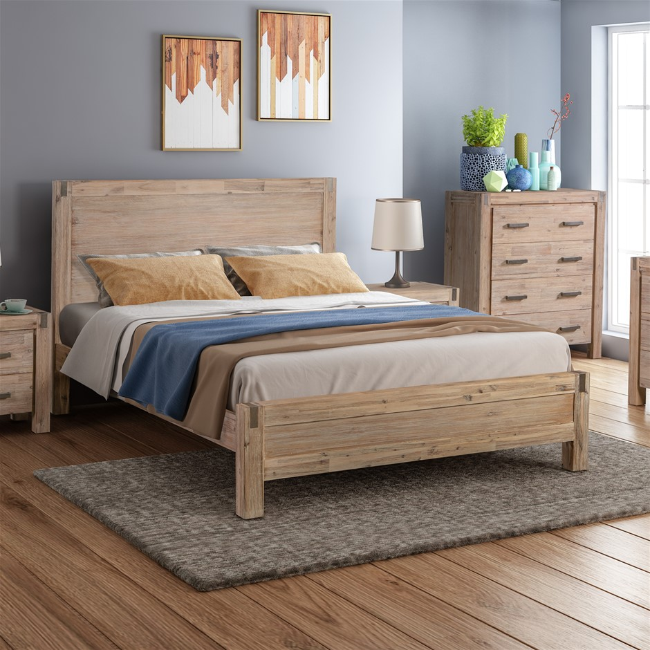 Java bed has a simple appearance with Solid and Veneered Acacia Frames