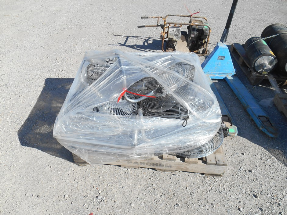 Pallet of 8x Floor Fans Please note: Used condition. Marks and scra
