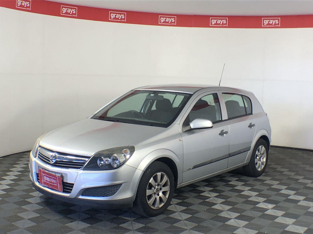 2007 Holden Astra CD AH Manual Hatchback (WOVR+Inspected)