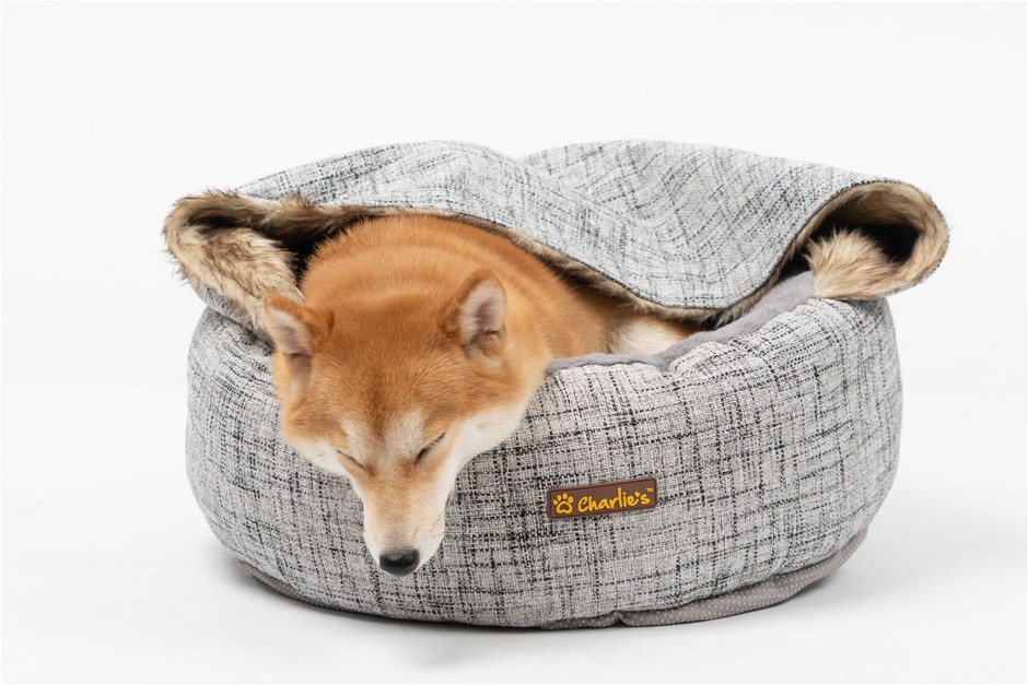 Charlie's Pet Round Bed with Faux Fur Cover Light Grey - Small