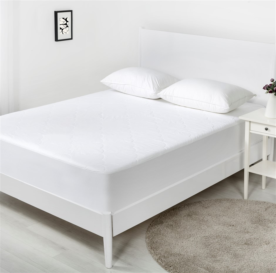 Dreamaker Cotton Filled Mattress Protector Queen Bed