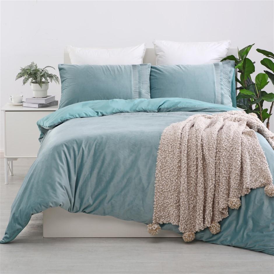 Dreamaker Ripple velvet Quilt Cover Set Queen Bed Aqua