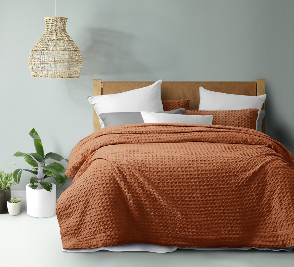 Dreamaker cotton waffle Quilt Cover Set KB Rust
