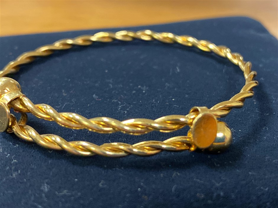 Gold Baby Bangle 18 Karat Yellow Gold Twist Design</l
