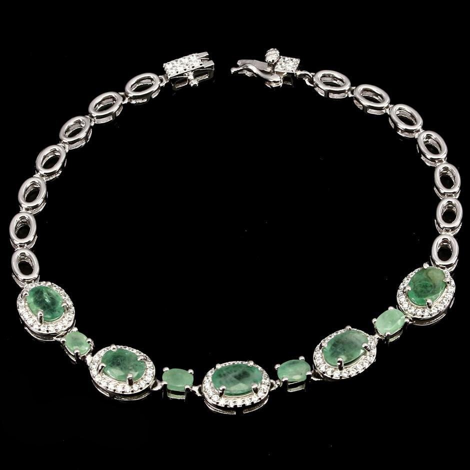 Gorgeous Sterling Silver Ajustable Emerald Bracelet