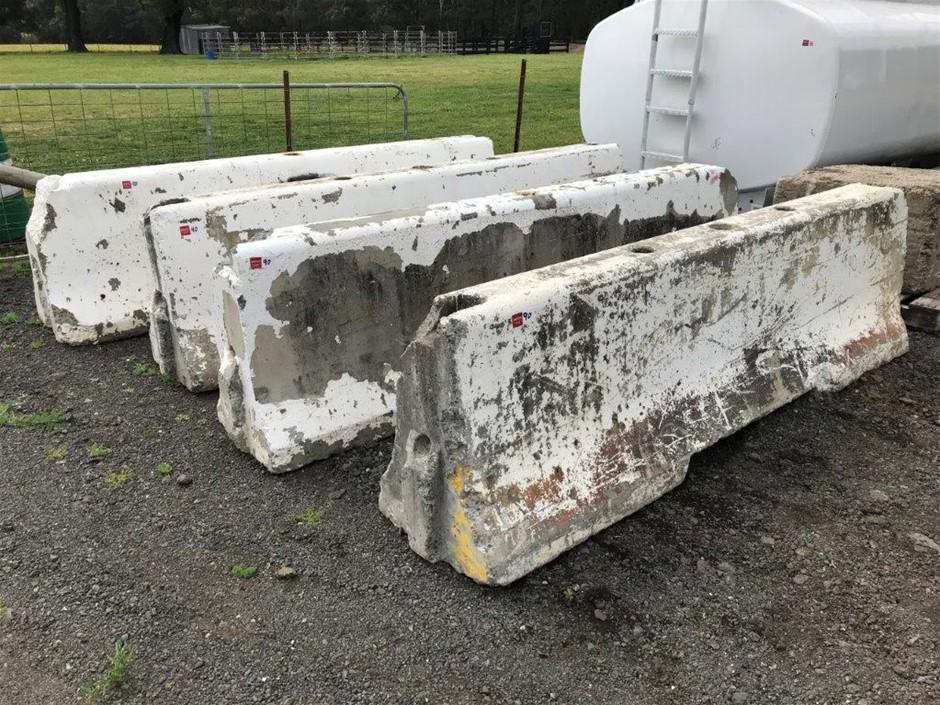4x Concrete Barricade