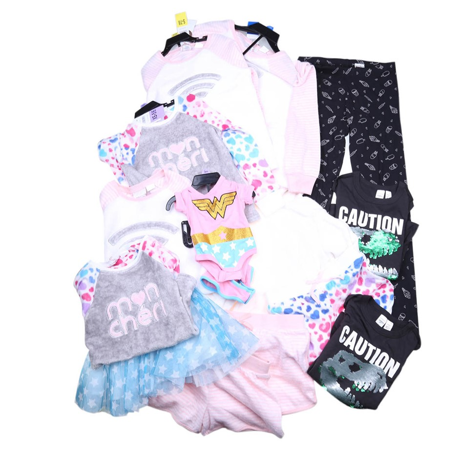 25 x Assorted Girl`s Clothing Size 5-14, Multi. (SN:CC63554) (275163-402)