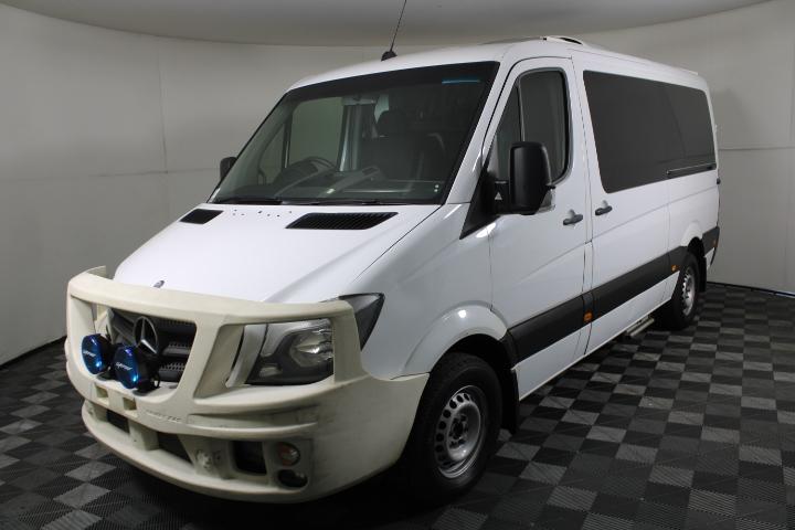 2014 Mercedes-Benz Sprinter 319 CDI MWB Auto Ambulance Van
