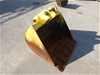 900mm WIDE GP BUCKET WITH EDGE