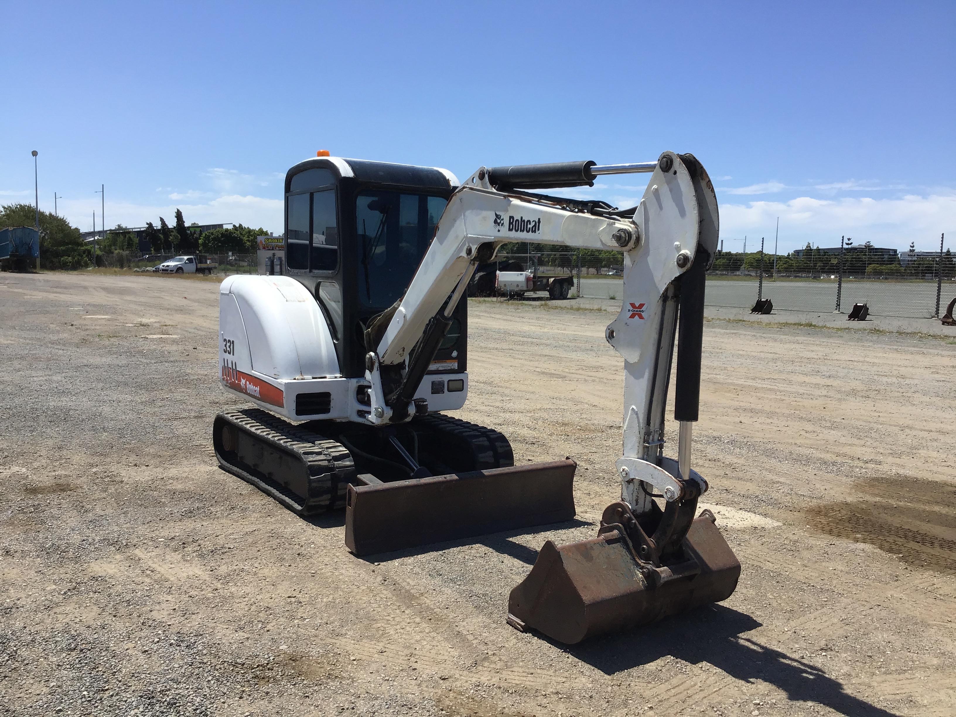 2005 Bobcat Compact Excavator Model 331 Diesel