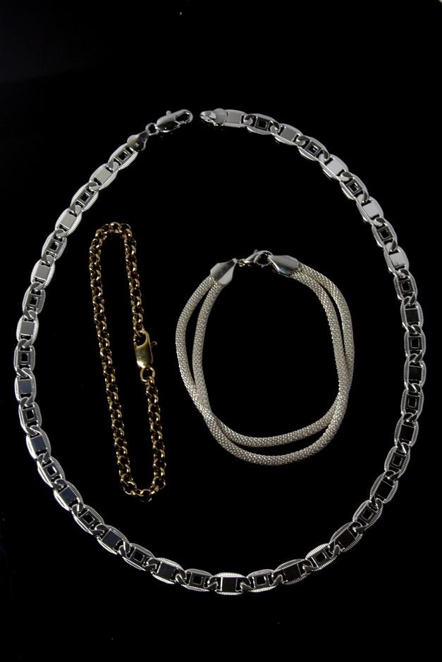 Set of 2 Ladies Fashion Bracelets, 1 Necklace