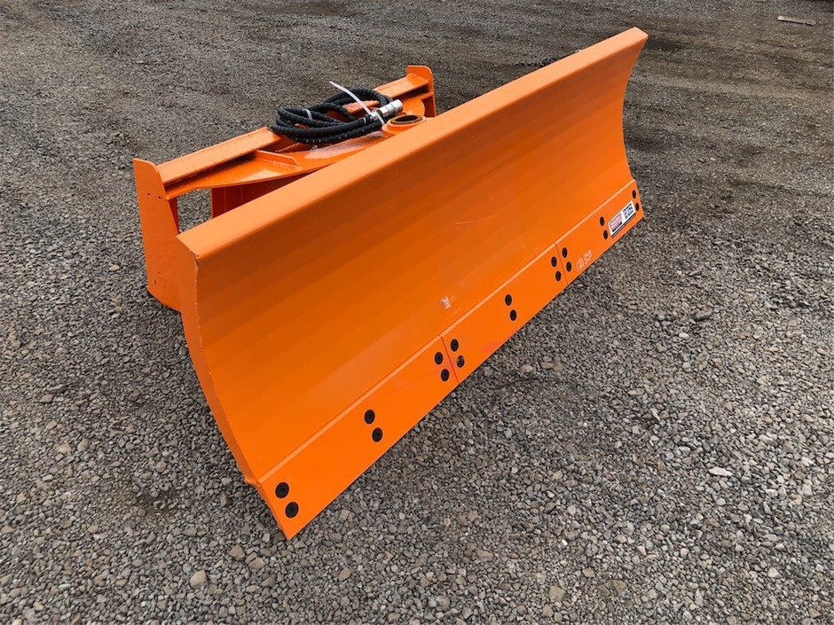 2020 Unused Levelling Blade to Suit Skid Steer