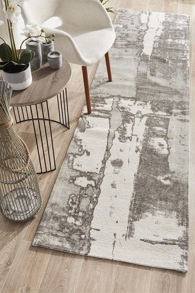 Extra Large Silver Grey Abstract Jacquard Woven Rug - 500X80cm