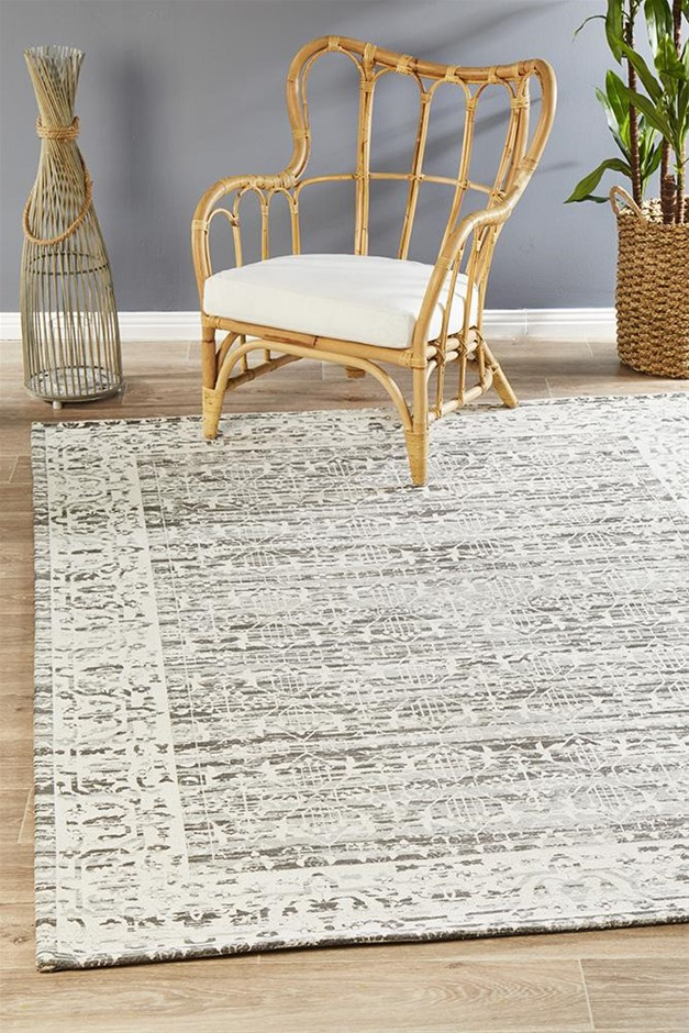 Extra Large Silver Grey Transitional Jacquard Woven Rug - 320X230cm