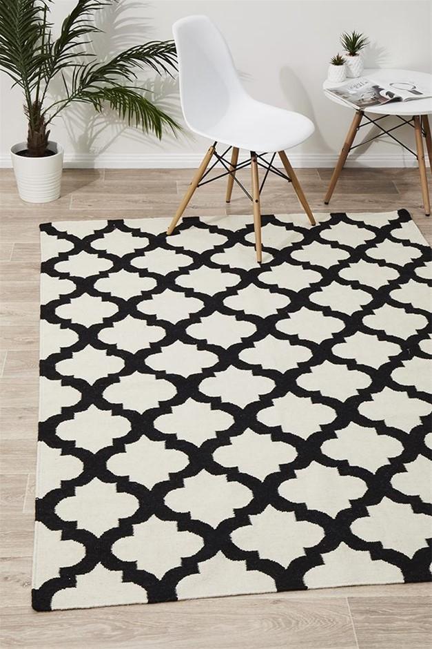 Medium Monochrome Handmade Wool Lattice Flatwoven Rug - 225X155cm