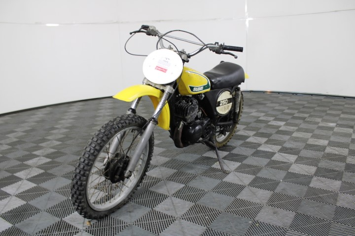 Suzuki TM 250 1 seater Off Road