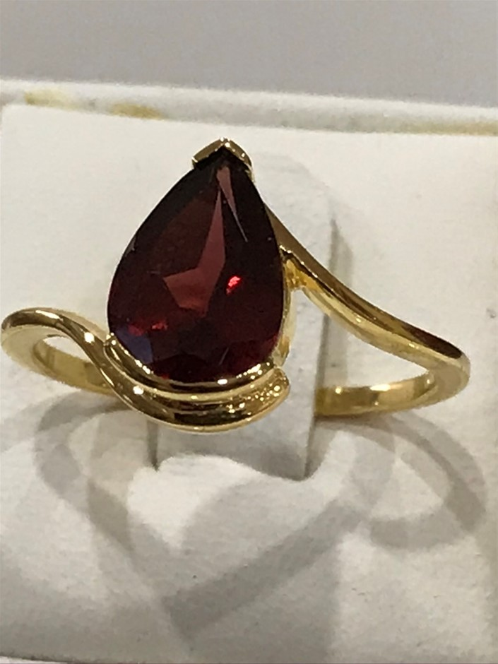 Genuine 3.50ct Garnet & 18K Yellow/Gold Vermeil Ring. Size N 1/2 (7)