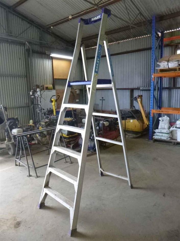 Bailey P150 Platform Step Ladder