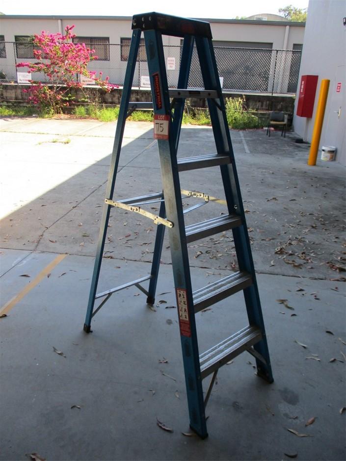 Rhino Single Sided Step Ladder