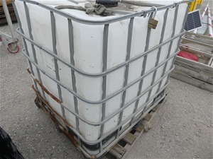 IBC container Poly IBC Container in stee