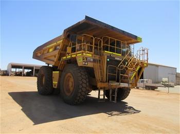 2001 Caterpillar 777D Rigid Dump Truck