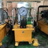 Electrical motor powered hydraulic cable