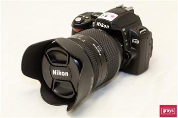 DSLR's & Compact Cameras