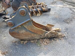 300mm Bucket to suit 14T Excavator