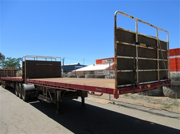 2011 Vawdrey VBS3 Triaxle 45' Flat Top Trailer