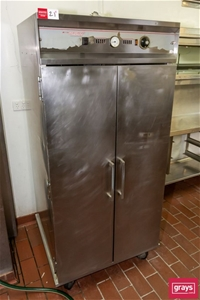 CE159 Food Warming Cabinet on Castor whe