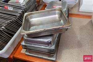 Qty approx 20 x Half size GN Dishes with
