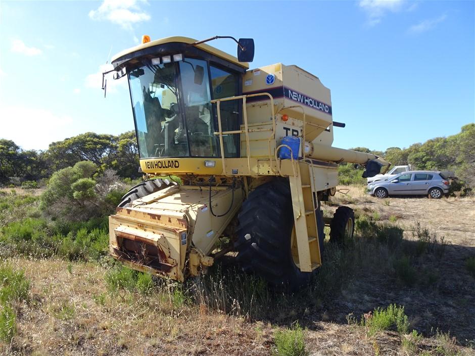 New Holland TR 88 Combine Harvester