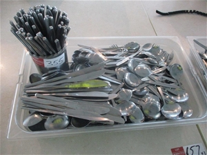 Tray Quantity Various Cutlery
