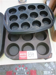 Approx. 25 Rubber Cup Cake Trays