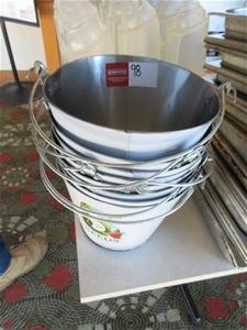 8 x Ice Buckets