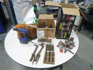 AEG Box Including Gauges, Oxy Gas Torche