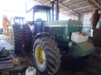 John Deere 4x4 4955 Tractor
