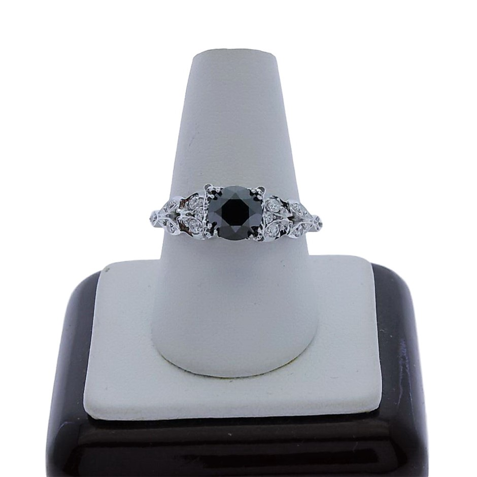 18ct White Gold, 1.65ct Diamond Ring
