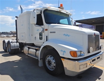 2000 International 9200i 6x4 Prime Mover