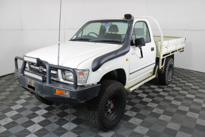2001 Toyota Hilux (4x4) Turbo Diesel Manual Cab Chassis