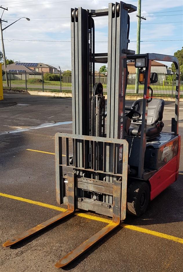 Nichiyu FBT18PN-75BC-550MFCSSF Electric 3 Wheeled Counter Balance Forklift