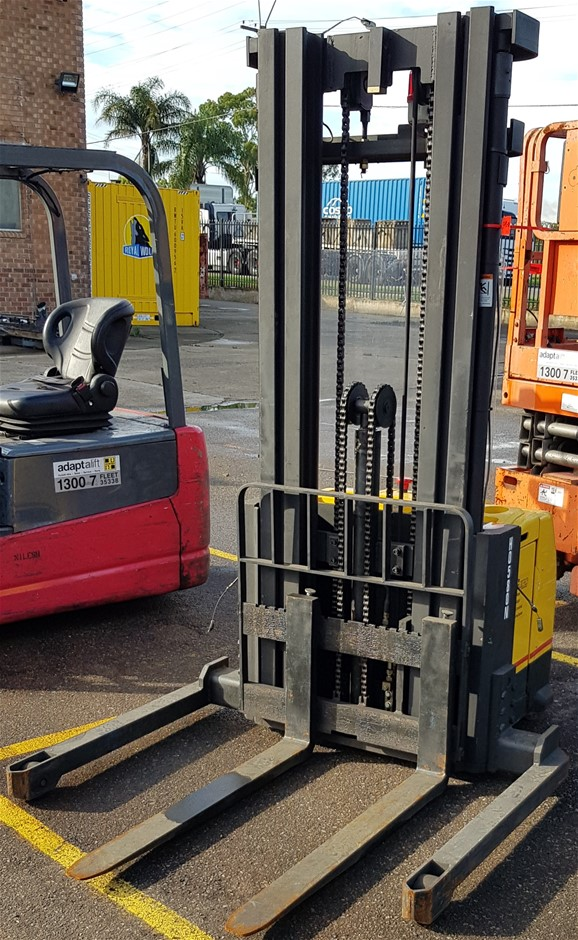 Lift Star WS96-16 Electric Walkie Stacker