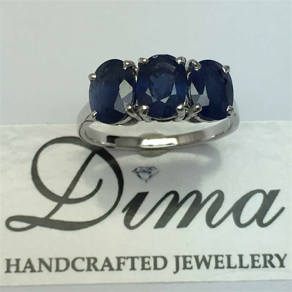 9ct White Gold, 3.55ct Blue Sapphire Ring