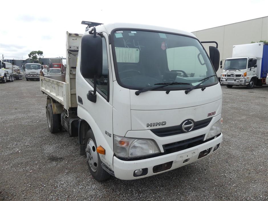 2013 Hino 300 4 x 2 Tipper Truck