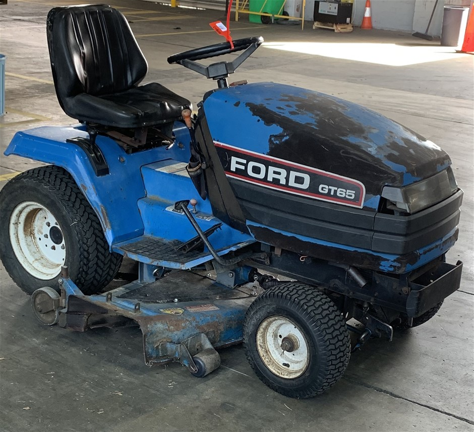 Ford GT65 Ride On Lawn Mower