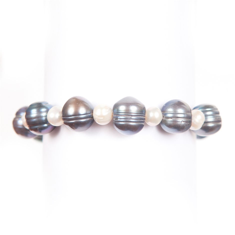 Single Strand Black White Freshwater Pearl Bracelet